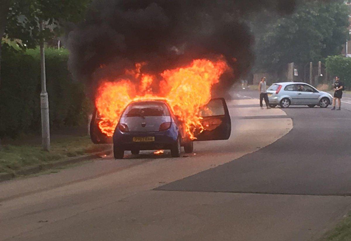 """kmfm news on twitter: """"news: car fire in #kemsley #kent #kmfmnews"""