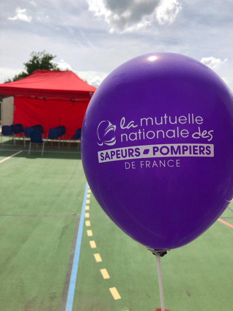 Mairie neuville sur saone marriage equality