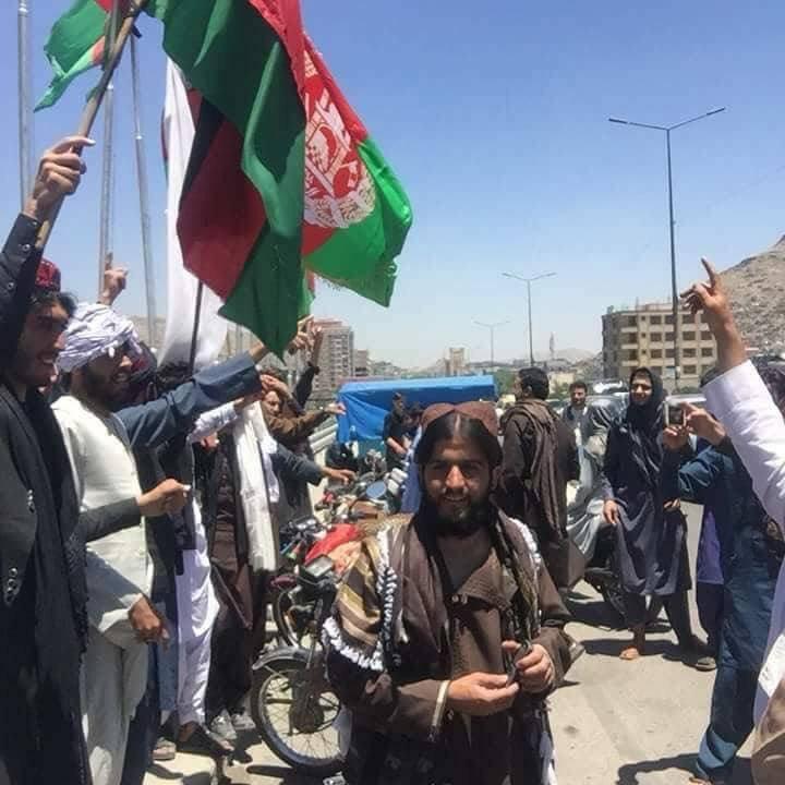 «طالبان» توافق على وقف إطلاق النار خلال عيد الفطر للمرة الأولى منذ 17 عاماً DfzbFQNWsAAcSts