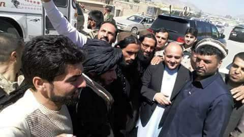 «طالبان» توافق على وقف إطلاق النار خلال عيد الفطر للمرة الأولى منذ 17 عاماً Dfzj0dxXcAAwsTn