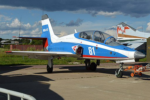 روسيا تحيي طائرات MIG-AT الصغيرة Dg-6Kv8U8AAmMpy