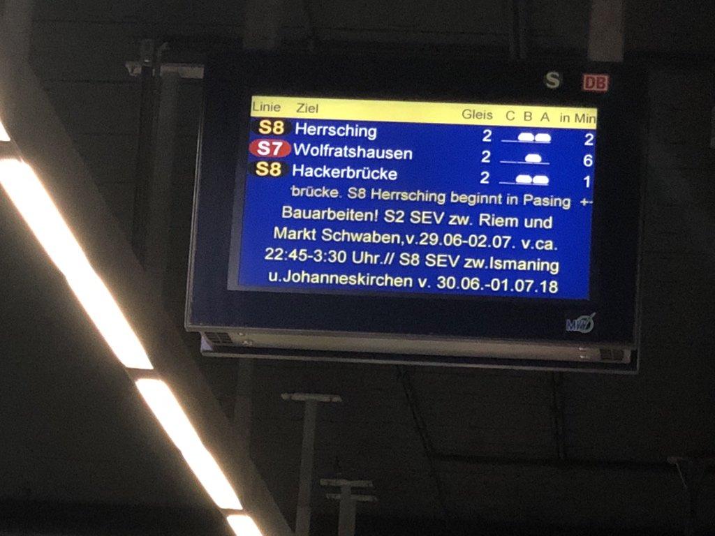 Nils On Twitter Früher Dachte Ich Die Züge Kommen Der