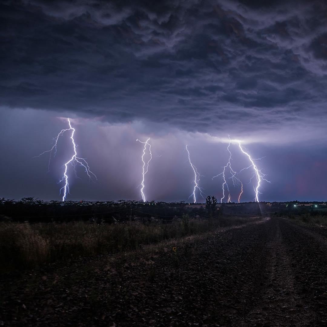 Картинки гроза и молния дождь