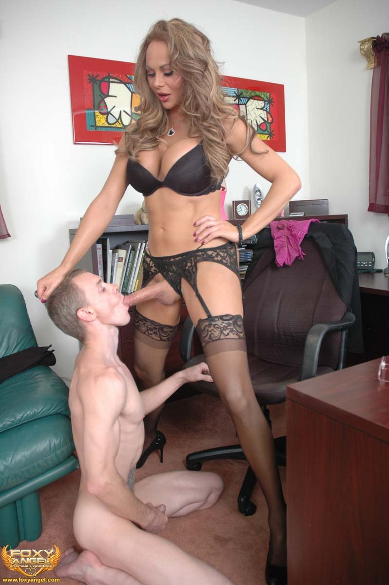 Foxy Angel Lets Loose Her Big Shemale Cock For Xmas