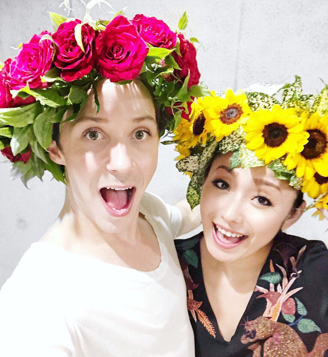 Thank you Machiko-san for our gorgeous flower crowns! @M1K1_ANDO | #fantasyonice2018 #figureskating #queens