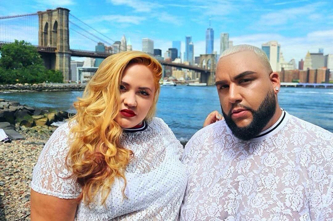 Our favs @loralyee & @adydelvalle_ lookin' like they're about to drop the hottest mixtape of 2018 💯 Shop the @simplybeusa look 🔎 EZ745 and use the code, SBSUMMER57, for 50% off! 🗽☀️ https://t.co/BCDaqeAi9h