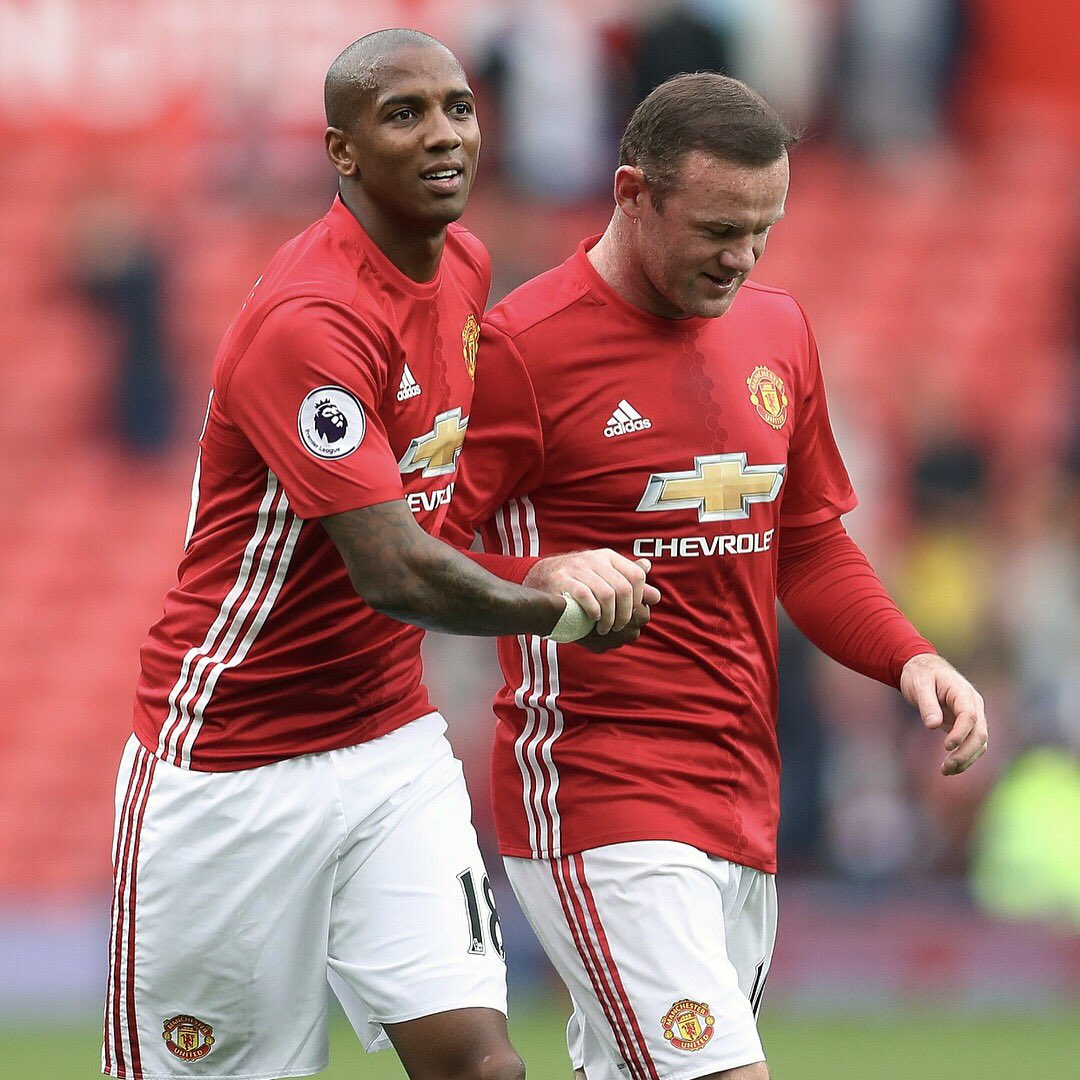 Twitter/@youngy18