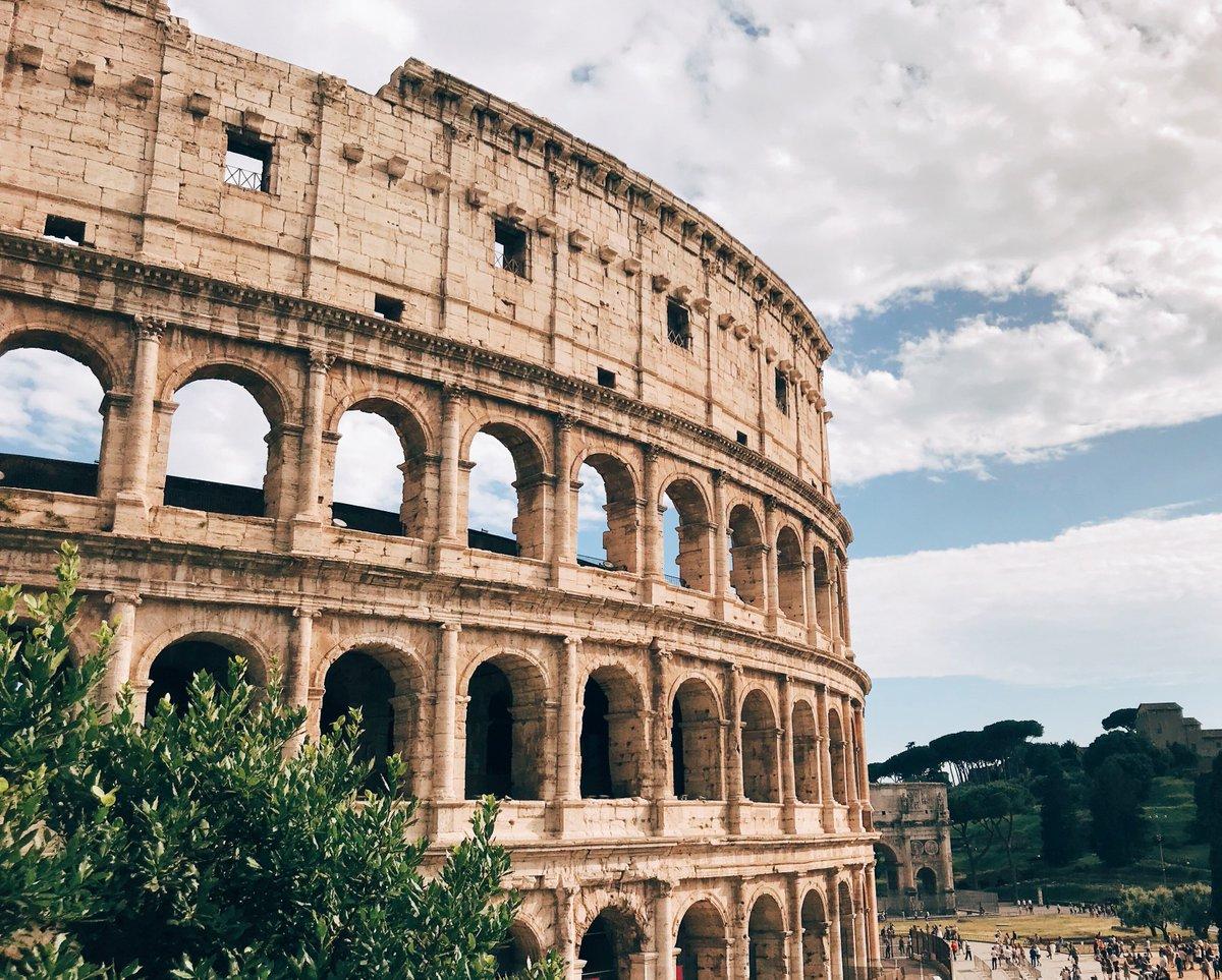 """ian bremmer on Twitter: """"When in Rome... (Instagram ->  https://t.co/u8VZfhHXrD)… """""""