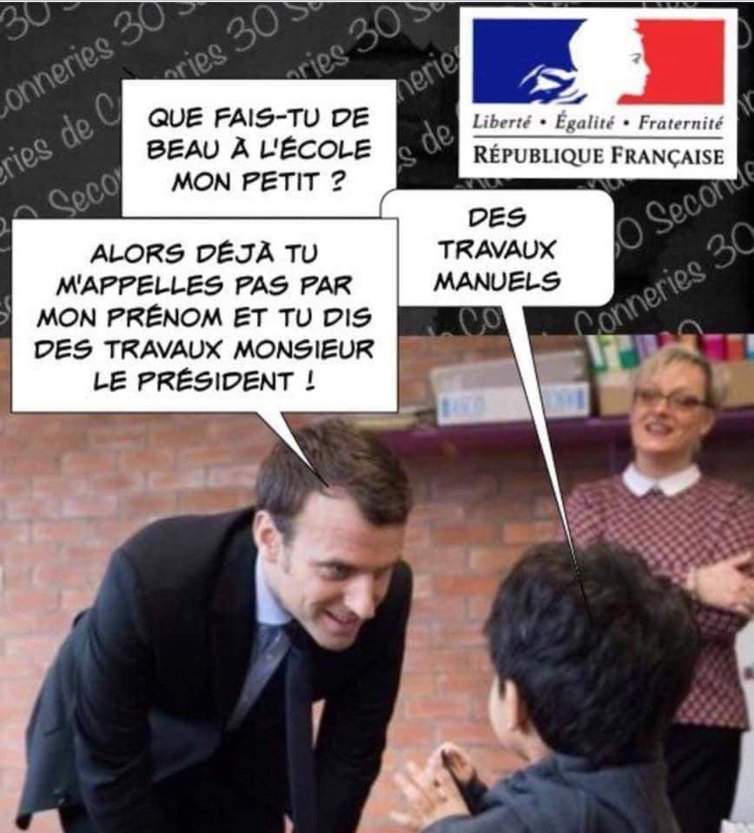 Le premier parano de France Dg3PGEdUcAI2RrS