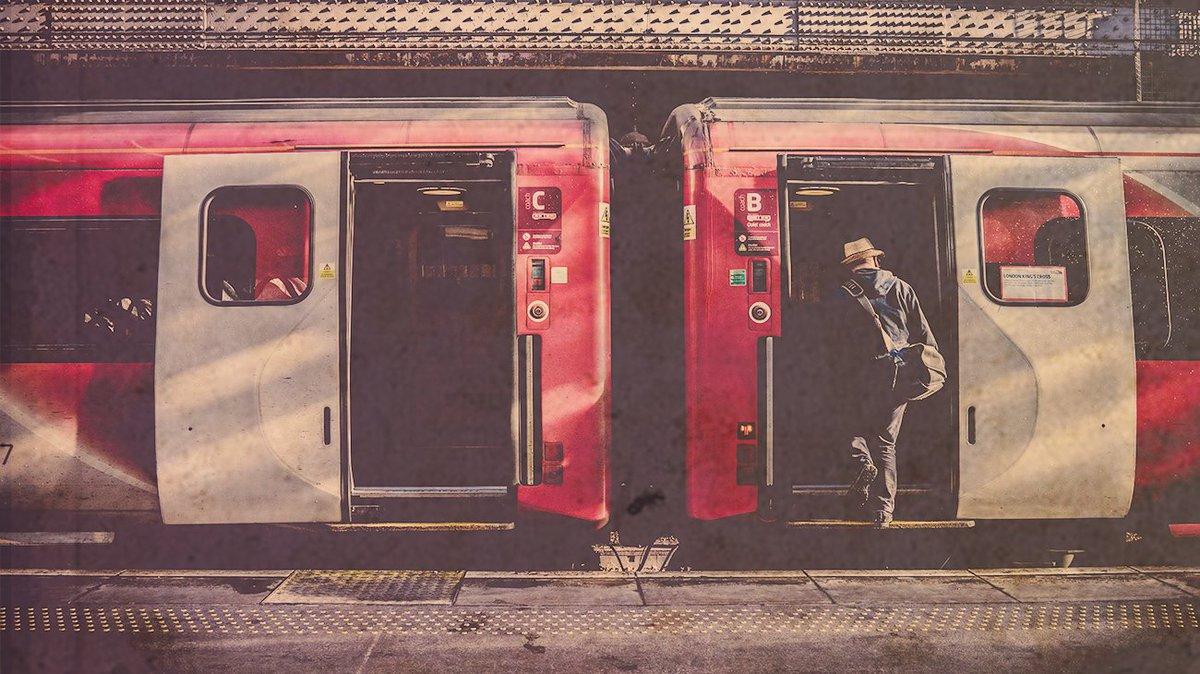 C'est le week-end chez Signum ! On part rechercher un souvenir de nos prédécesseurs et vous ? 😉 #weekend #travel #train #legacy https://t.co/jZTwPh6Uc0