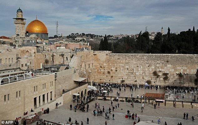 Голые девушки из иерусалима фото, пухлые и их киски фото