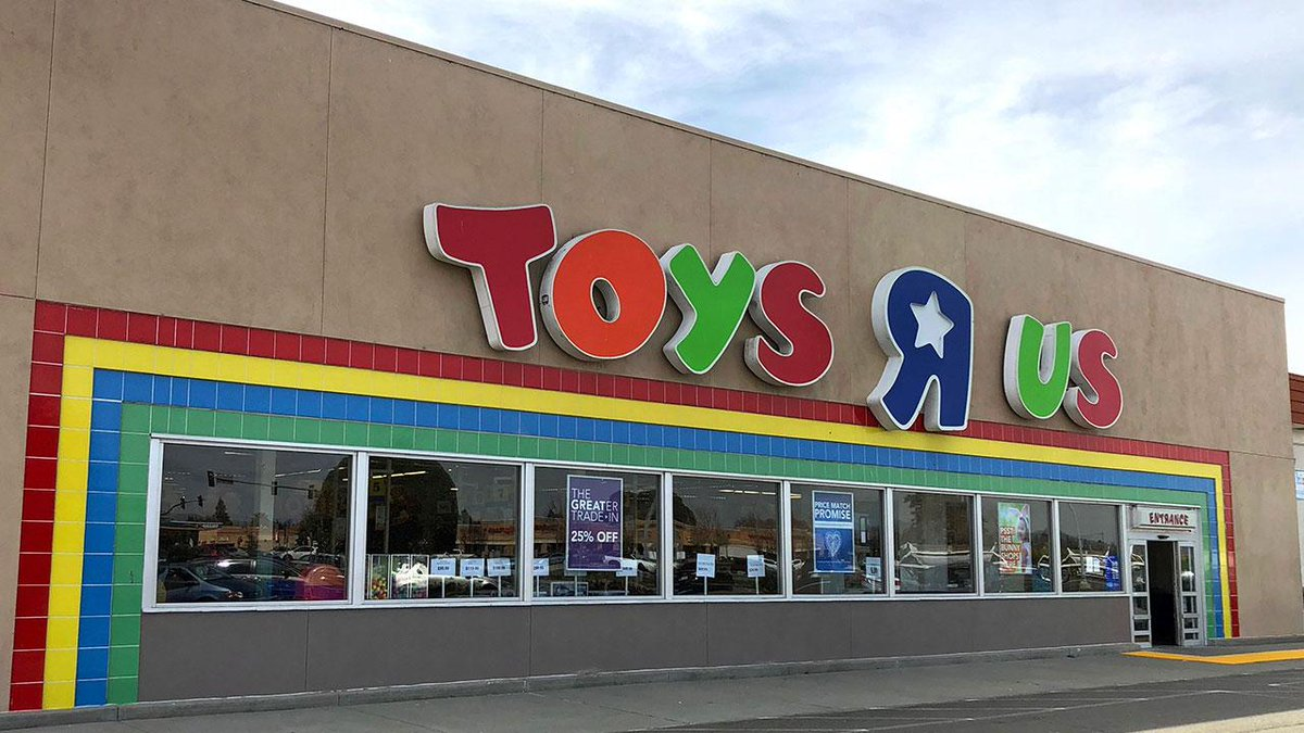 Anonymous man buys $1 million worth of #ToysRUs inventory. https://t.co/F6lUUeniLA