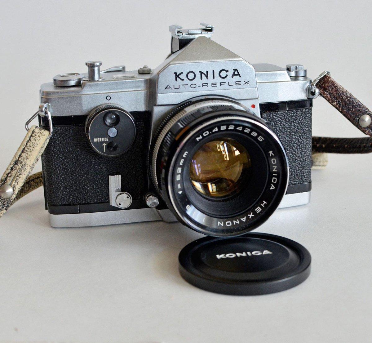 серединка поигрывает пленочный фотоаппарат для начинающего привычный для всех