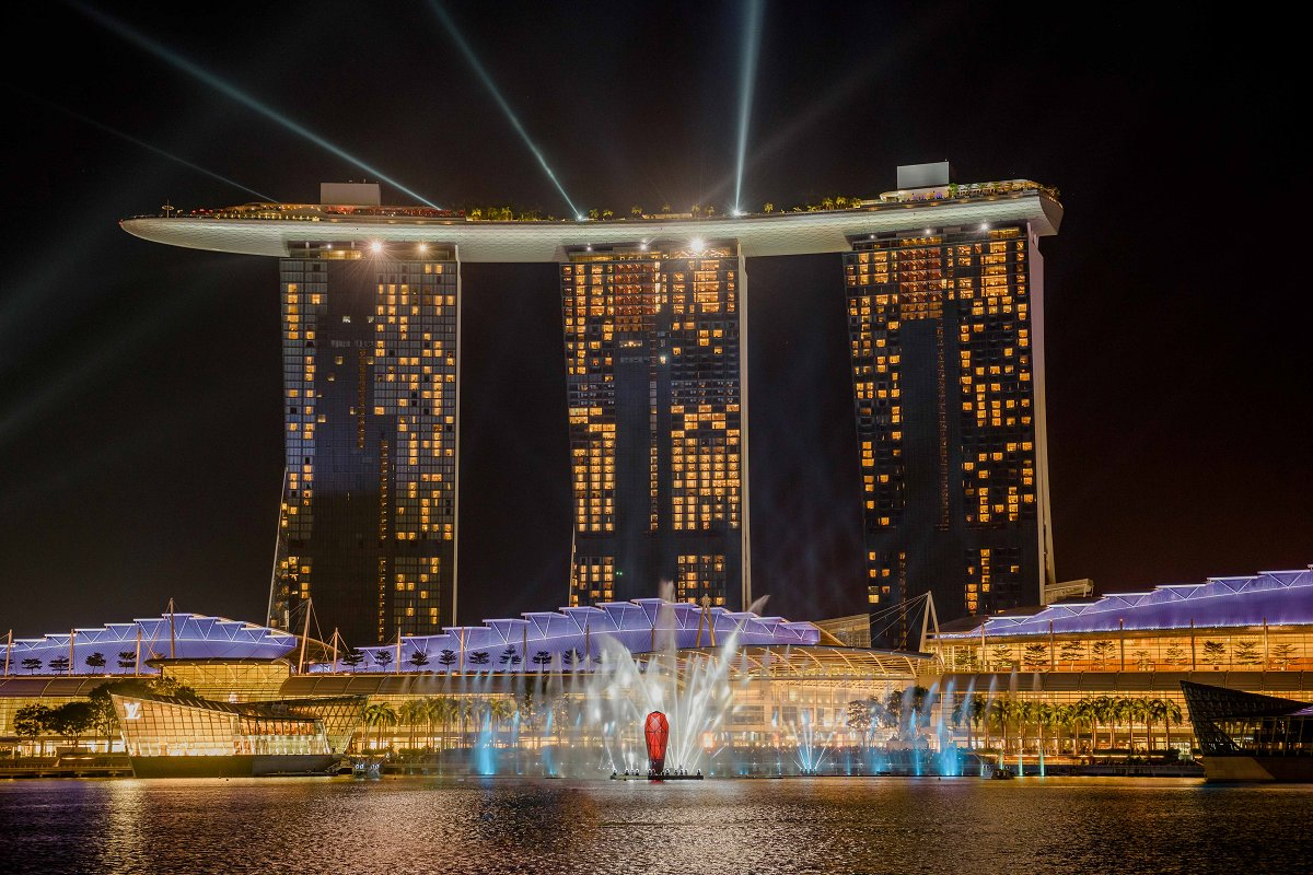 infinity pool singapore night. Don\u0027t Miss It! Http://po.st/01ofTi #SpectraMBS #MarinaBaySands Pic.twitter.com/WLYwtromjR Infinity Pool Singapore Night 0