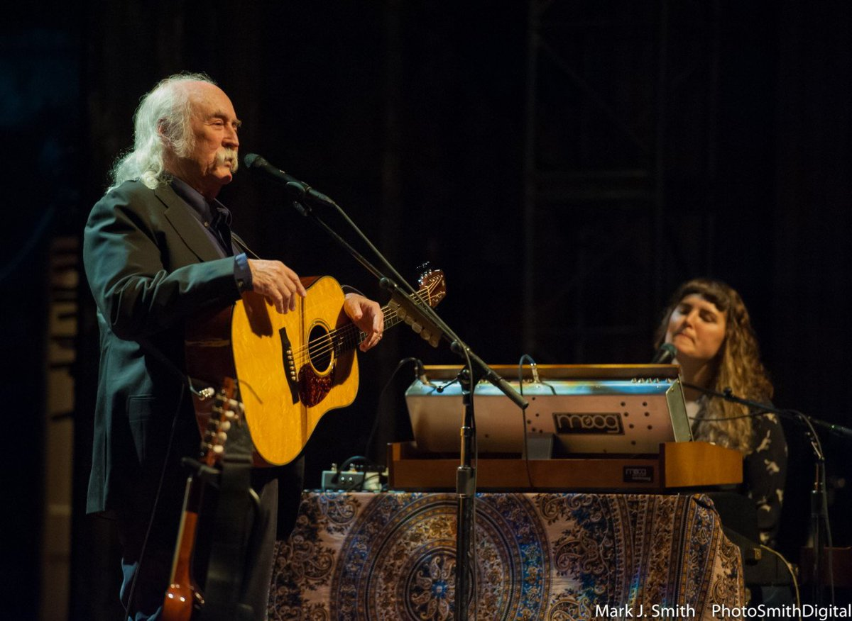 Two groups featuring some of my favorite musicians, old and young playing together (@thedavidcrosby w/his #SkyTrails band and @deadandcompany) are playing at two of the most beautiful venues in the world tonight: Red Rocks and the Gorge. The world still has beauty in it.<br>http://pic.twitter.com/vPrxKonQiF