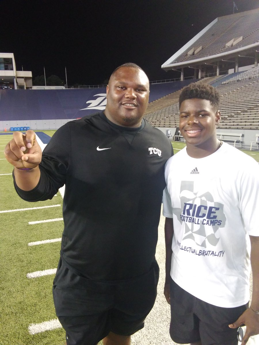 #thetruth at Rice University OL/DL camp and runs into @CoachZTCU