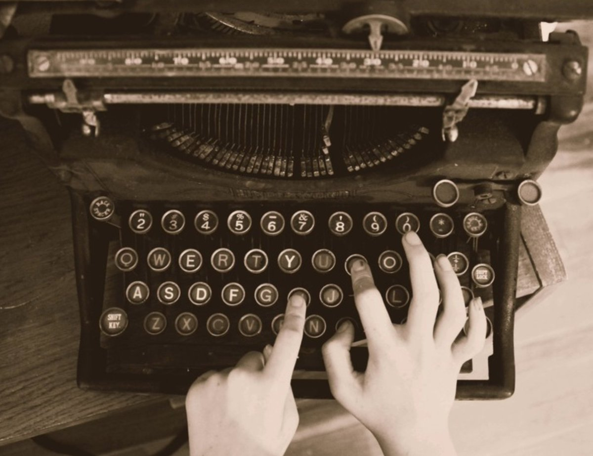 Feel like spending a few minutes writing?  https://t.co/GvRjEnKFd4  #WeeklyWritingChallenge