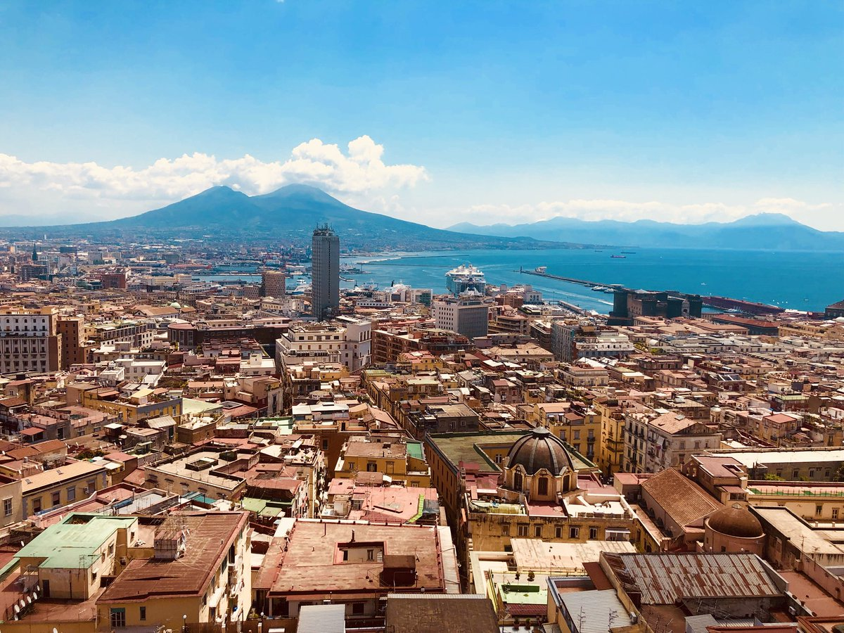 Good Morning Naples! Beautiful views over the city, bay & Mount Vesuvius beyond!  #Naples #Campania #Italy #VisitNaples #VisitCampania #VisitItaly #BayofNaples #Naplescity #MountVesuvius #citypic #InlovewithItaly #culturalItaly #seeItaly pic.twitter.com/UZ46eApEOH