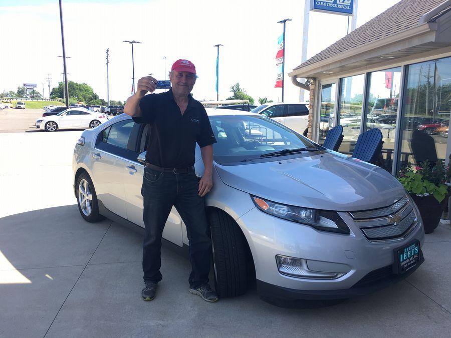 ... #Car, N Canton's OH, Jeffs Motor Cars. My 3rd @GM @ChevyElectric @Chevrolet #ChevyVolt! Drove 1,315 Mi., #VoltEVRoadTrip #FreeEVFuel, ...