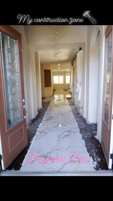 The marble is about halfway done guys!😍😍😍👌👌👌 can't wait🏡🙌 https://t.co/HMgP2W2T4d