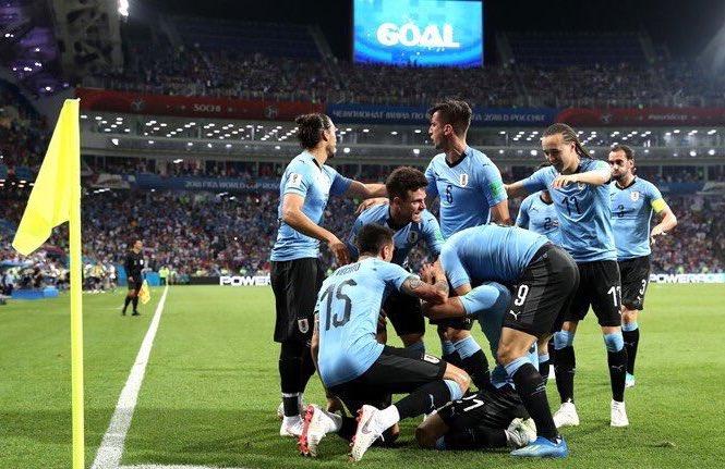 Uruguay logra avanzar a Cuartos de Final