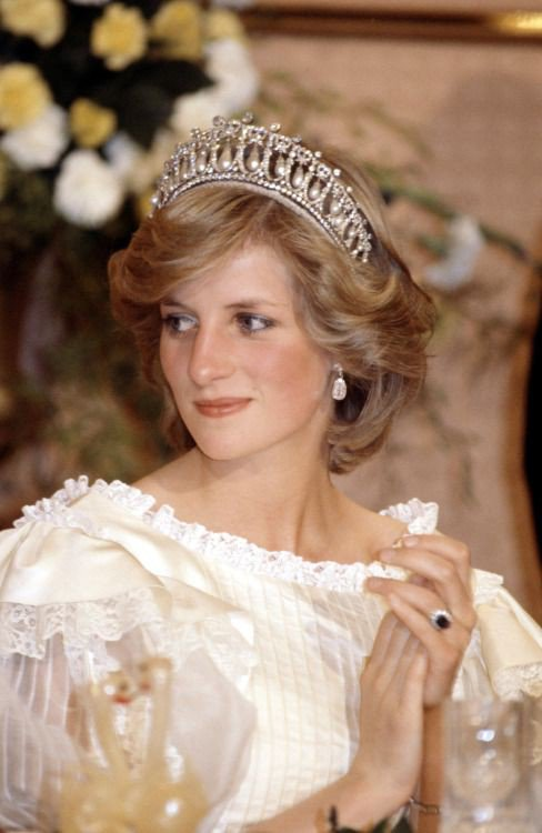 Happy birthday Princess Diana....God Almighty bless you..we love you forever.....