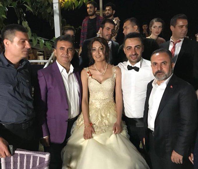 Kozan'da Elif ve Arif kardeşlerimizin düğün merasimine katıldık. Gençlerimize iki cihan saadeti diliyorum. Foto