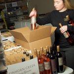 Bottle Service: The Joy of Joining BC #Wine Clubs https://t.co/bYw6lxEv4W @TinhornCreek @InniskillinWine @blackcloud @drinkriverstone @SingletreeWine @BlueGrouseWines @OKCrushPad @Road13Vineyards  @encorewineJoin a #wineclub now! #bcwine