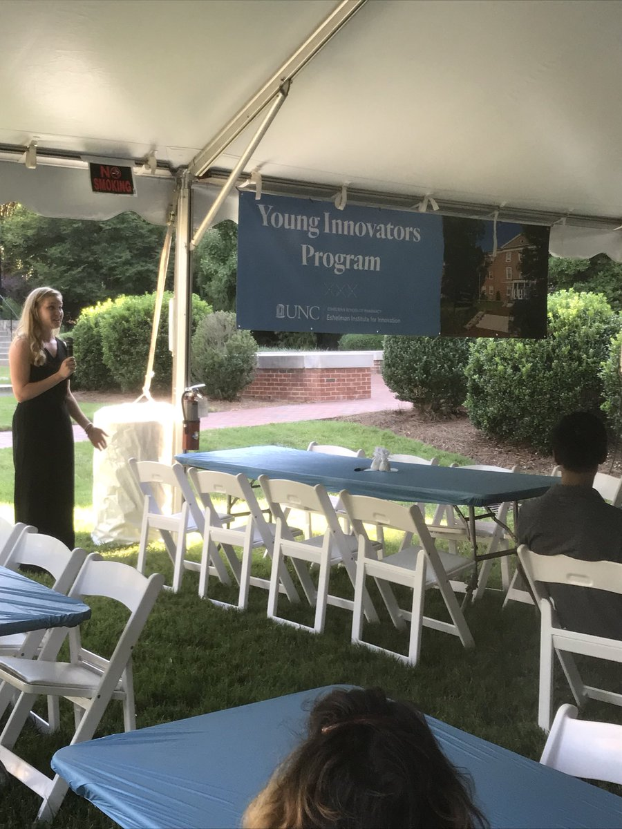 Young Innovators Program Coordinator, Mieke Lynch welcomes our Young Innovators! #UNCPharmacy https://t.co/ftXQCvux4R