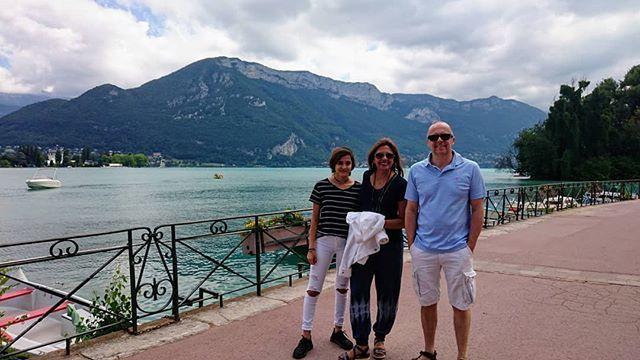 #beautifuldestinations #beautiful #annecy #lacdeannecy with #friends from #dallas #annecylevieux #reunion  #magnifiquefrance #breathtaking #loveisallweneed @d_nevill @zara.nev #mountains #lake #savoie #aixriviera  https:// ift.tt/2tjlZXp  &nbsp;  <br>http://pic.twitter.com/ONJ6HJsJu5