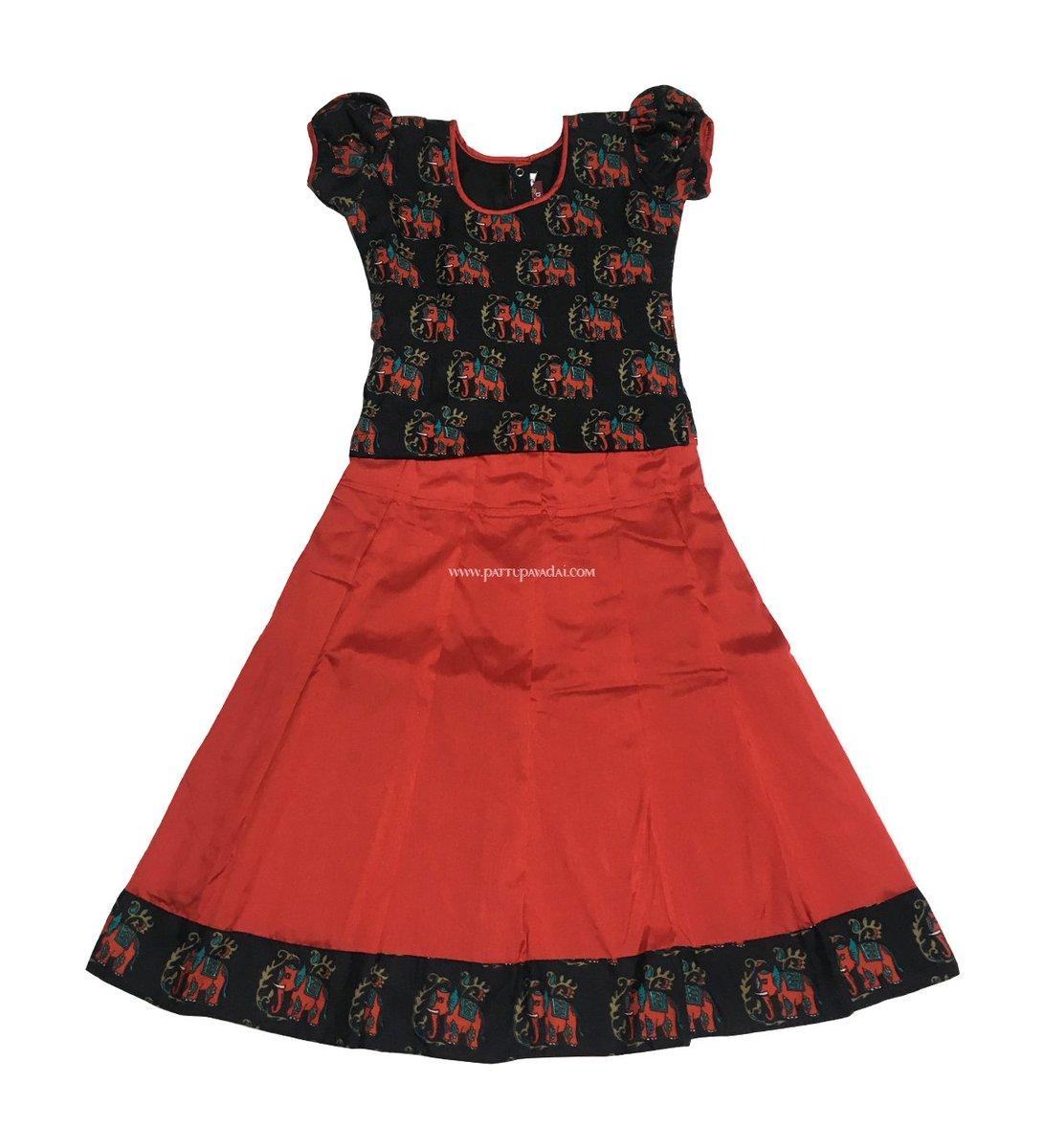 e3fe68e745 Click here to ADD TO BAG: http://bit.ly/2tgdi01 #rawsilkpavadai # pattupavadai #traditionalclothing #indianwear  #kidswearpic.twitter.com/XbPU9NkkgQ