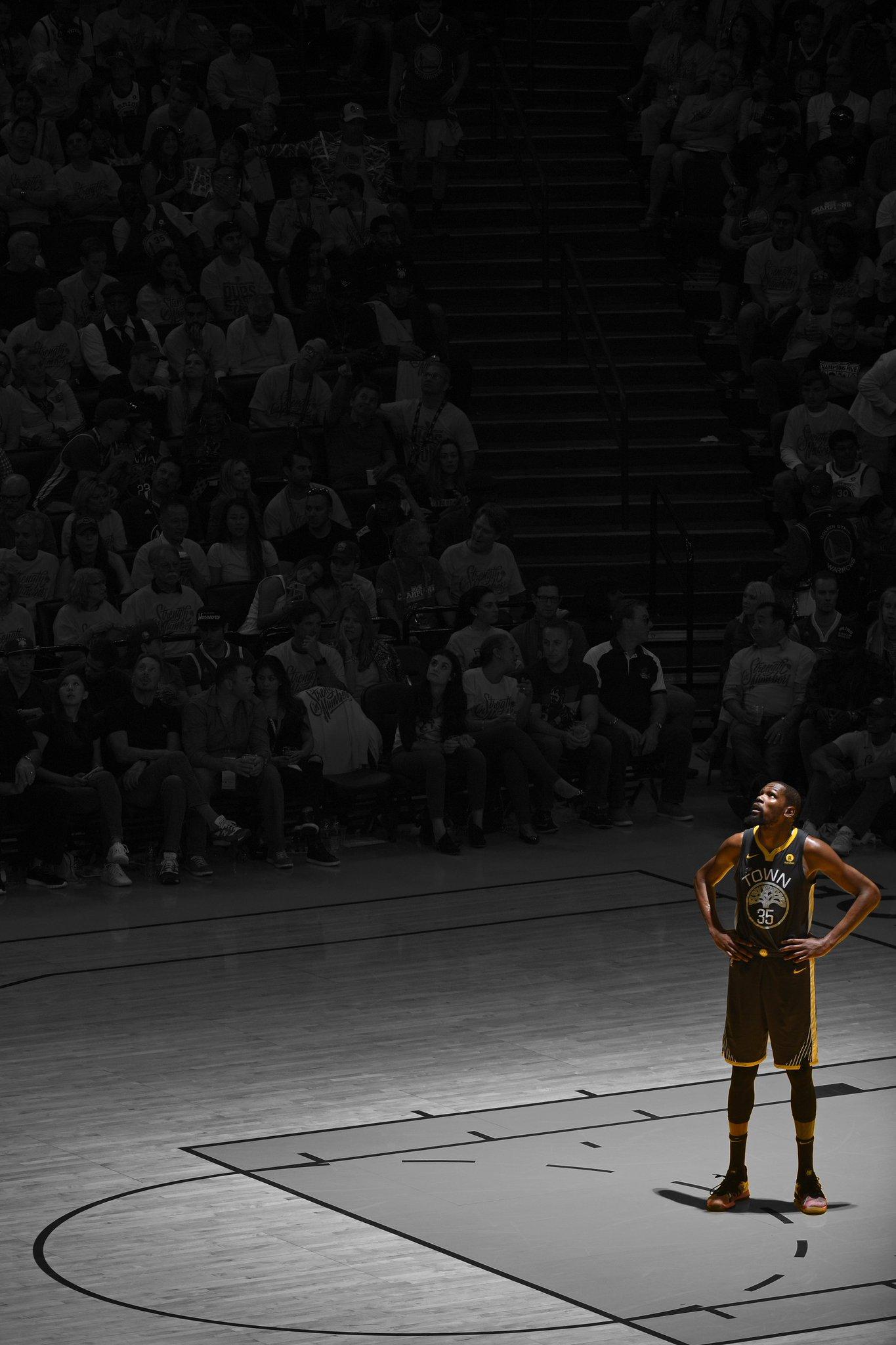 Back-to-back Finals MVP �� https://t.co/tJMmPoHh3D