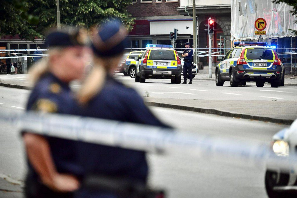 One killed, four injured in Malmo shooting: Swedish police https://t.co/QVp4AA6MFs
