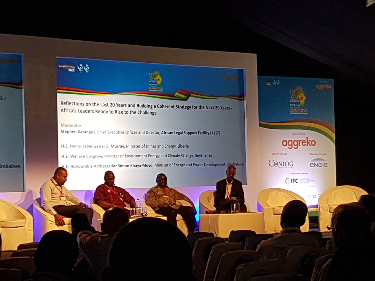 Seychelles Minister of Energy launching tender for Africa&#39;s 1st floating solar plant! Seychelles plans to have 15% of power from renewable energy by 2030 #AEF2018 @TCS_SDC<br>http://pic.twitter.com/AIQSfsUDYQ