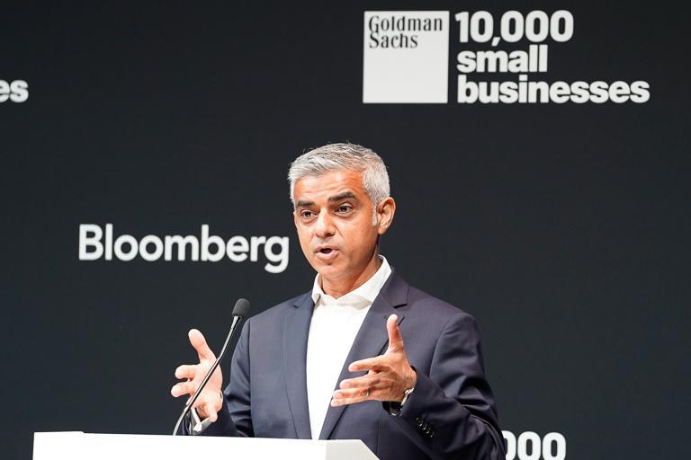 Sadiq Khan, @MayorofLondon shares perspectives on UK productivity at our Rethinking Productivity conference #MakeSmallBig #10KSBUK<br>http://pic.twitter.com/NqEuQus7PN