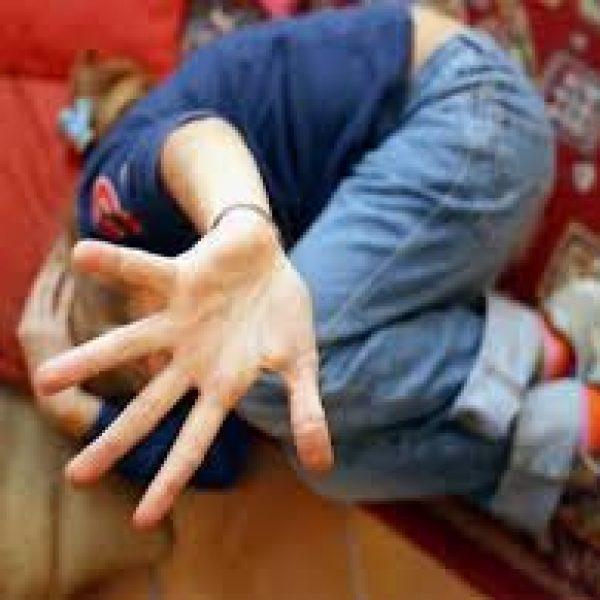 #Napoli, #abusi su una bimba di 3 anni: arrestato 24enne  https:// www.si24.it/0zAgB  - Ukustom