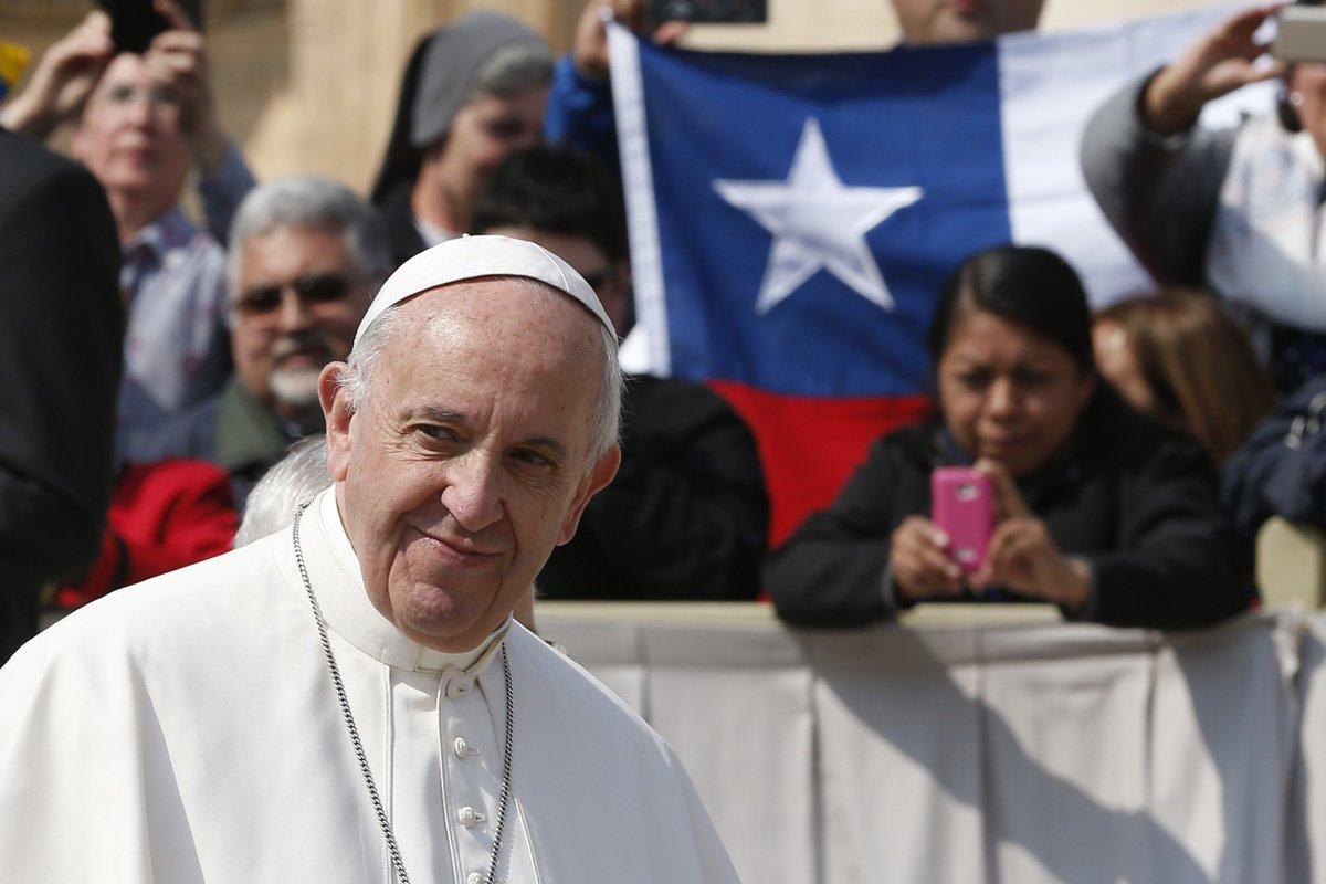 """#PapaFrancesco al #popolo di Dio del Cile: """"La cultura dell'abuso e della connivenza è incompatibile con la logica del Vangelo, perché la salvezza offerta da Cristo è sempre una proposta, un dono che reclama e richiede la libertà""""  https:// www.laciviltacattolica.it/articolo/papa-francesco-al-popolo-di-dio-pellegrino-in-cile/ #abusi  - Ukustom"""