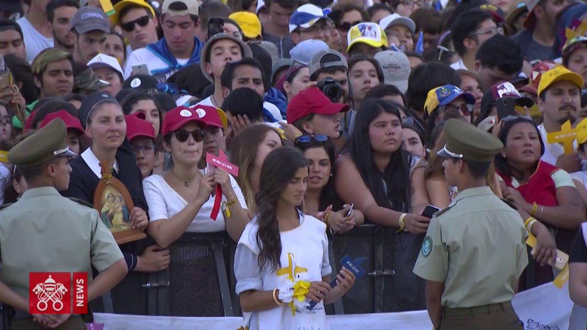"""#PapaFrancesco al #popolo di Dio del Cile: """"Con voi sarà possibile fare i passi necessari per un rinnovamento e una conversione ecclesiale davvero sani e a lungo termine... Senza di voi non si può fare niente"""".  https:// www.laciviltacattolica.it/articolo/papa-francesco-al-popolo-di-dio-pellegrino-in-cile/ #abusi  - Ukustom"""