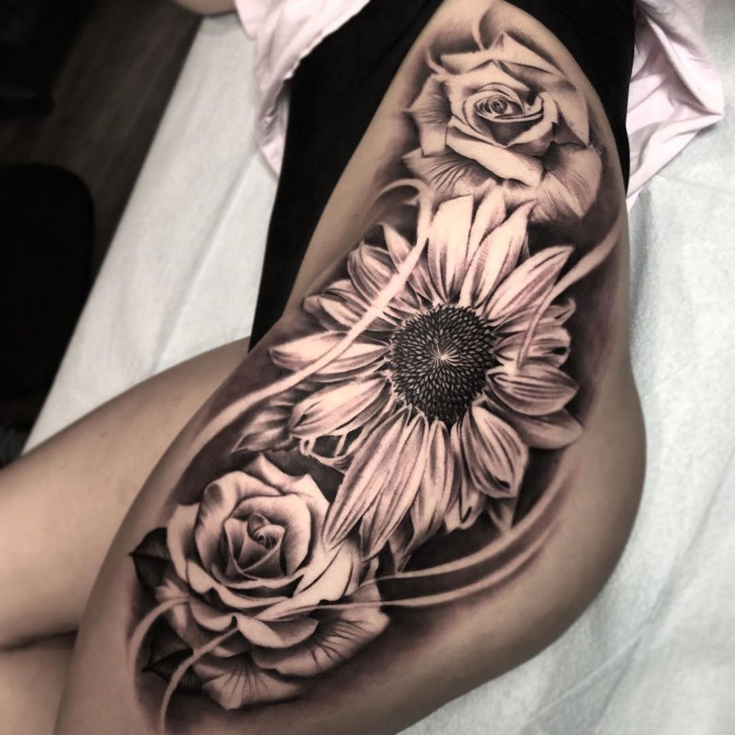 30 Sensuous Flower Hip Tattoos And Designs: Tattoo Ideas (@tattooideas123)