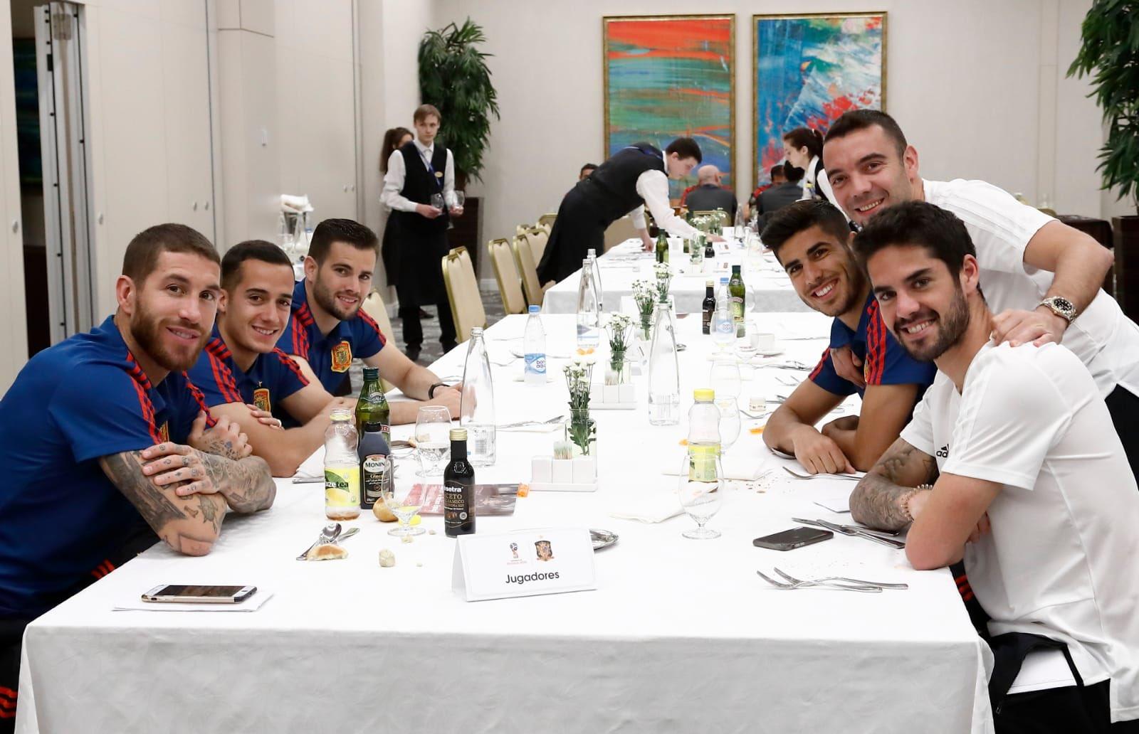 Lunch time ���� #VamosEspaña ���� https://t.co/75Gqdj3WcX