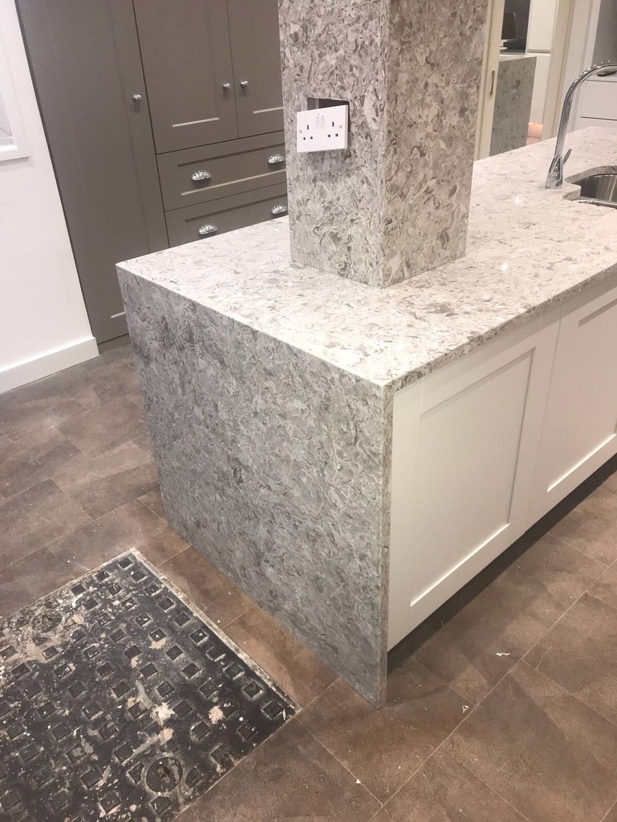 Prestige Granite On Twitter Itastone 30mm Mountain White Quartz Wow
