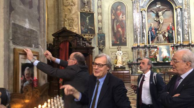 Giornata #Arisi: l'#omaggio al grande #critico d'#arte con @VittorioSgarbi #sgarbi https://bit.ly/2llhb0e @PiacenzaSera  - Ukustom