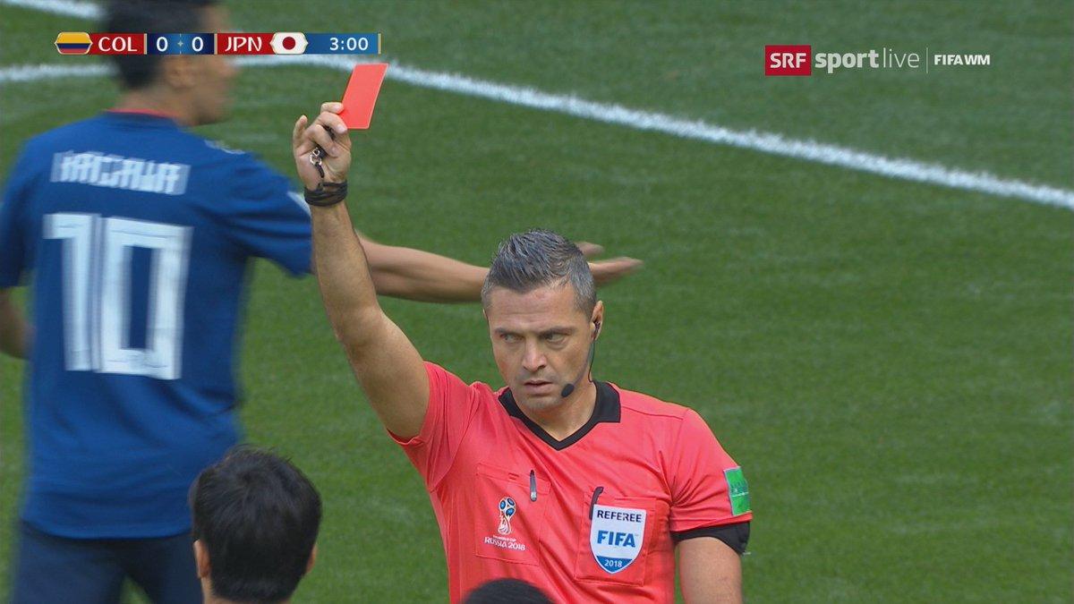 Rote Karte Wm 2018.Srf Sport On Twitter Rot Für Carlos Sanchez Nach 2 Minuten Und 56