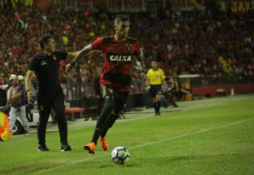 Rafael Marques crê em evolução individual e do time no pós-Copa. Leia mais: https://t.co/fiyj40delz #PST