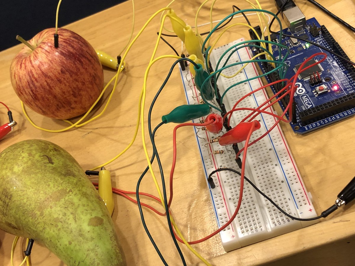 test Twitter Media - About to make a musical fruit Drum Machine Robot using eCraft2Learn for exploring Digital Fabrication and #MakerMovement in #education at a hands on session at @IDC_ACM So cool! @NTNU https://t.co/mzMPvG6ORR