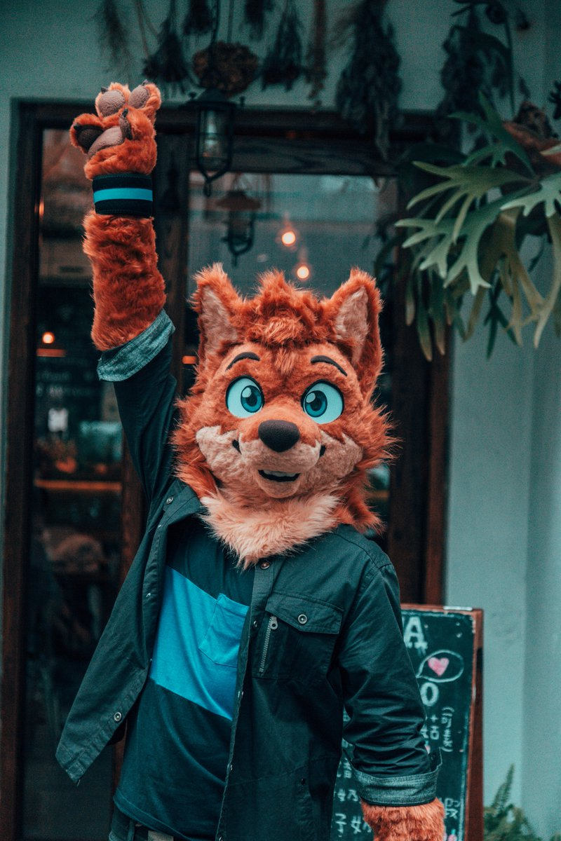 More me! 📸 by @PEAPEAFur