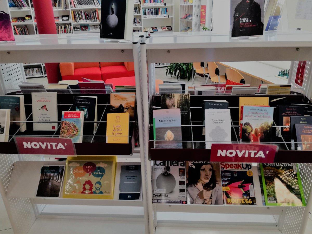 Che #vacanza è senza un buon #libro? In #biblioteca trovi i nostri scaffali pieni di novità! Guarda nel catalogo: http://bit.ly/2JYS4y6 #bibliotecamartellago #martellago #maerne #letture  - Ukustom