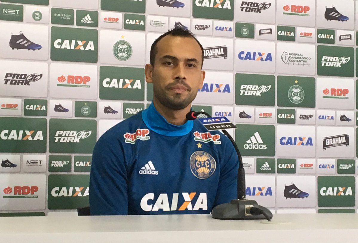 Simião cobra atenção do Coritiba para vencer confronto direto no sábado - https://t.co/QqUiopEEnK