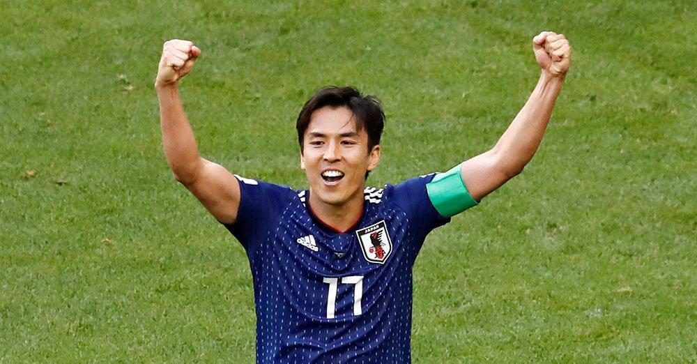 コロンビアを破り、長谷部が両手を挙げて喜んでいます。(写真=ロイター) 【ビジュアルブログhttps://t.co/fbTpNaGW4o】   【試合詳https://t.co/4WEeEHfShF細】 #worldcup2018_nikkei
