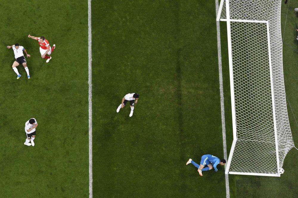 هدف روسيا الأول في مرمى منتخب مصر